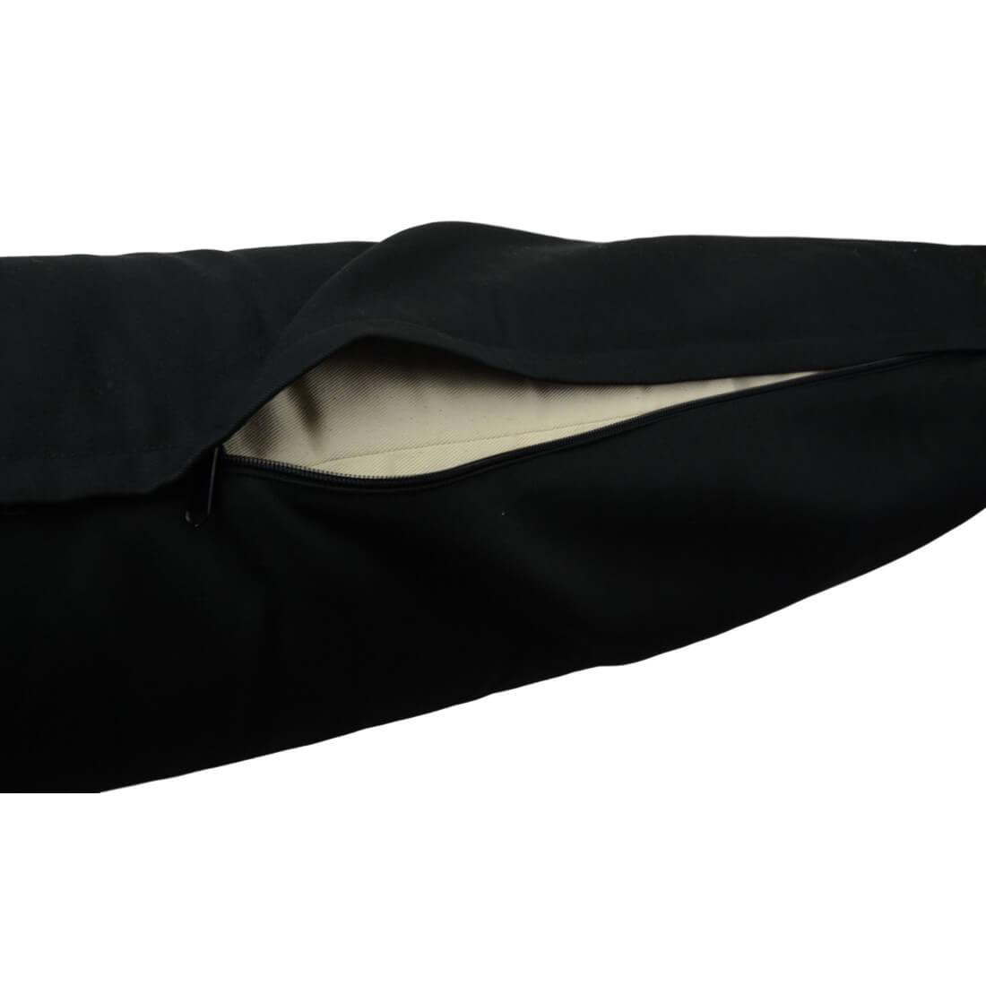 černý bolster s zipem