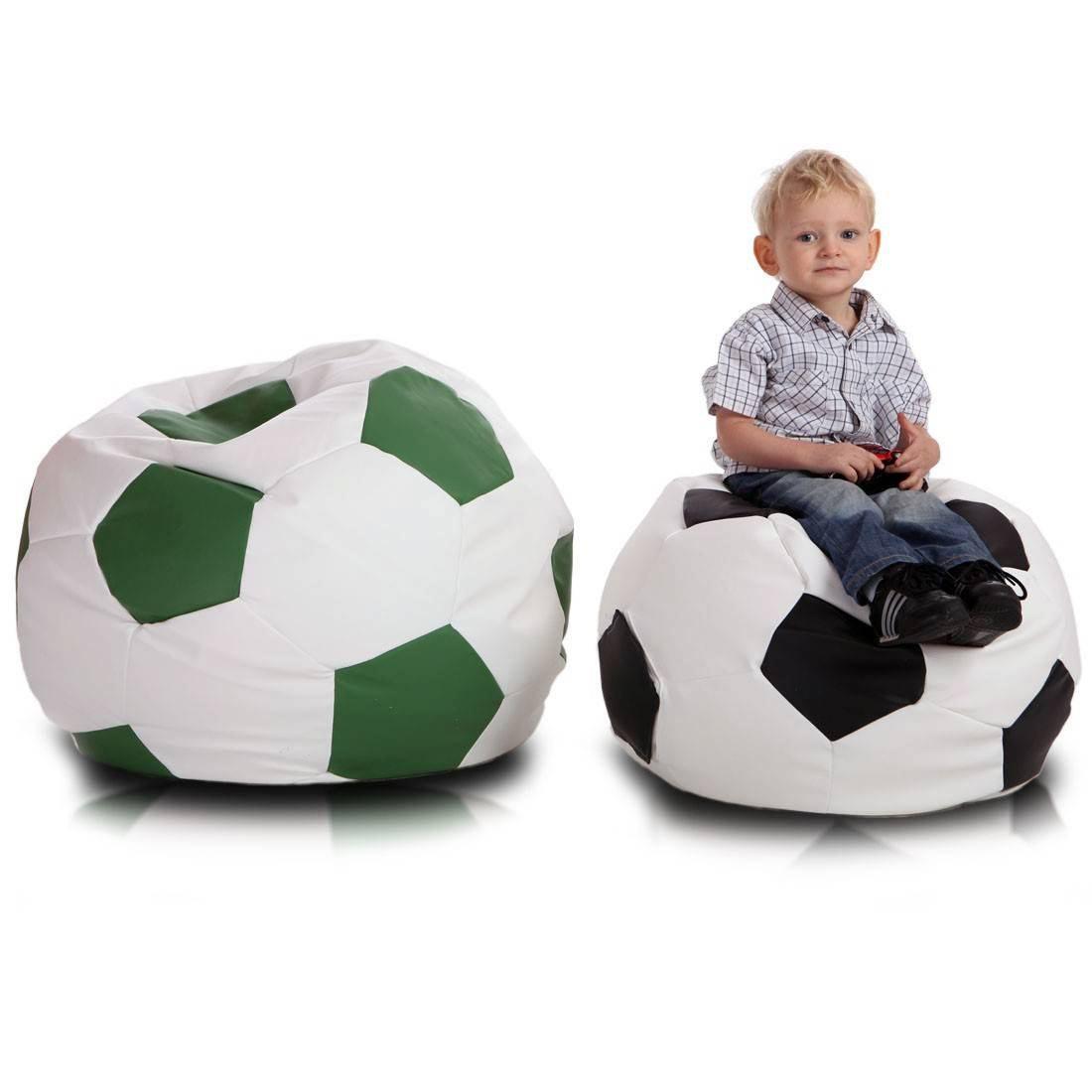 Fotbalový míč malý cerna