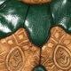 hnědo-zelená