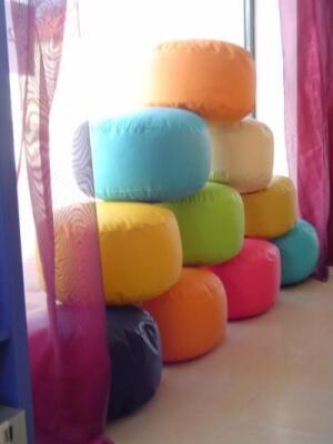 Taburety - různé barvy